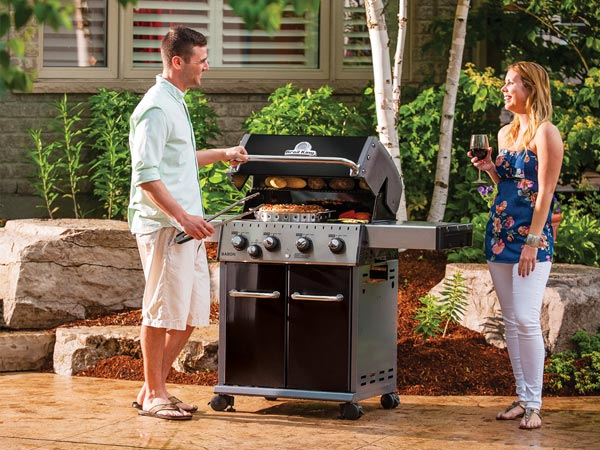 How to choose a BBQ? BBQS on sale at Osoyoos Home Building Centre.