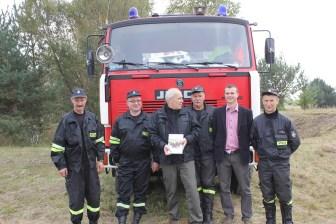 """Spotkanie strażaków z Adamem Sikorskim prowadzącym program """"Było, nie minęło"""""""