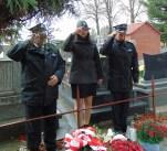Przed Pomnikiem w Wereszczynie