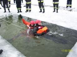 Ćwiczenia na lodzie (17)