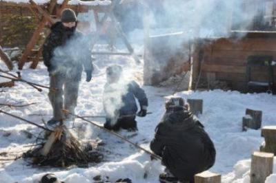 zima-2012_oboz_terapeutyczny_lq_ognisko_451_300_95
