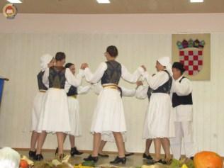 6-vecer-folklora-pokuplje-u-srcu-lasinje-78