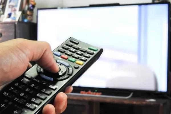 テレビ買い替え
