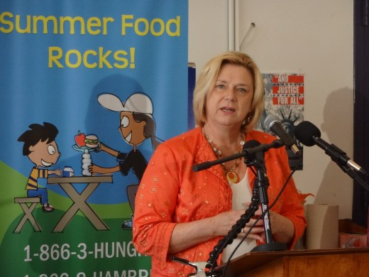 Fuel Up to Play 60 representative Patty Purcell, CEO of Mid Atlantic Dairy Association