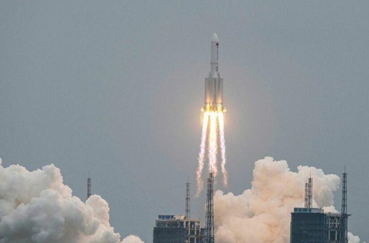 spazio razzo-cinese-lanciatore-spaziale-Lunga-marcia-5B-1280x720