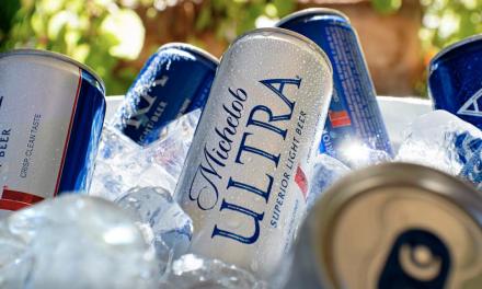 Con solo 79 calorías, llega a Chile Michelob ULTRA, la cerveza  enfocada en consumidores que llevan un estilo de vida saludable