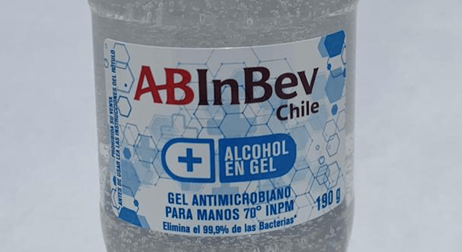Cervecería AB InBev Chile compromete más de 100.000 unidades de gel antibacterial con alcohol extraído de la elaboración de su cerveza