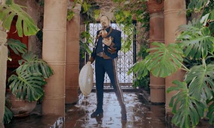 Pepe Aguilar estrena nuevo un videoclip  «Por el ruido y por la lata»