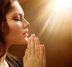 Молитва от болезни ног и суставов