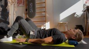 simonetta-alibrandi-osteopata-posturologo-personal-trainer-esercizi-efficaci-spalle-cervicale-trapezi-stretch-cervicalgia-total-body-postural-adjustment