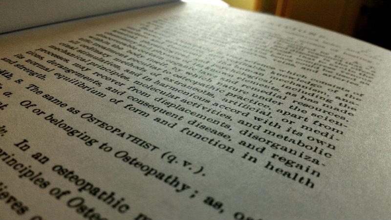 Aperçu de la définition technique de l'ostéopathie selon Andrew Taylor Still publiée en 1897