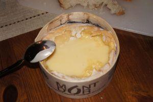 Vacherin du Haut-Doubs som er det korrekte navnet på den franske varianten.