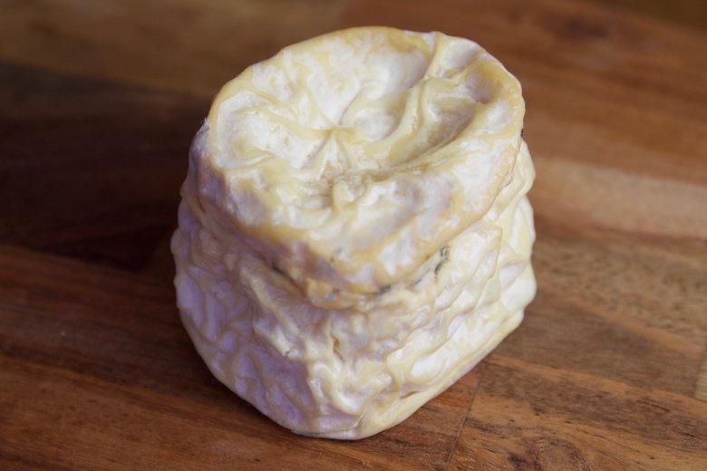Den britiske osten Edmund Tew i Langres stil.