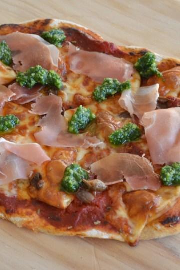 Pizza med scamorza