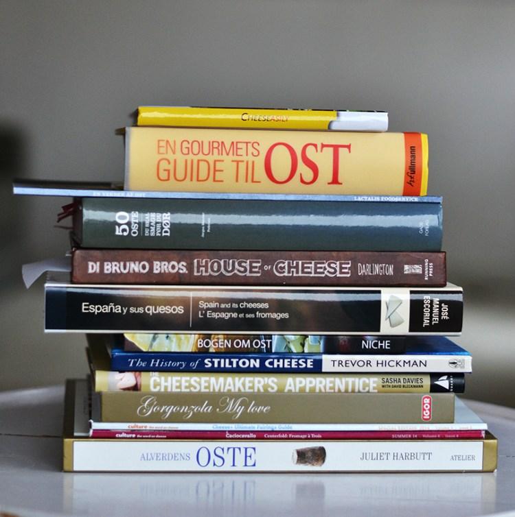 En stak ostebøger