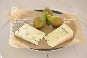 Ingredienser til tærte med gorgonzola og pærer