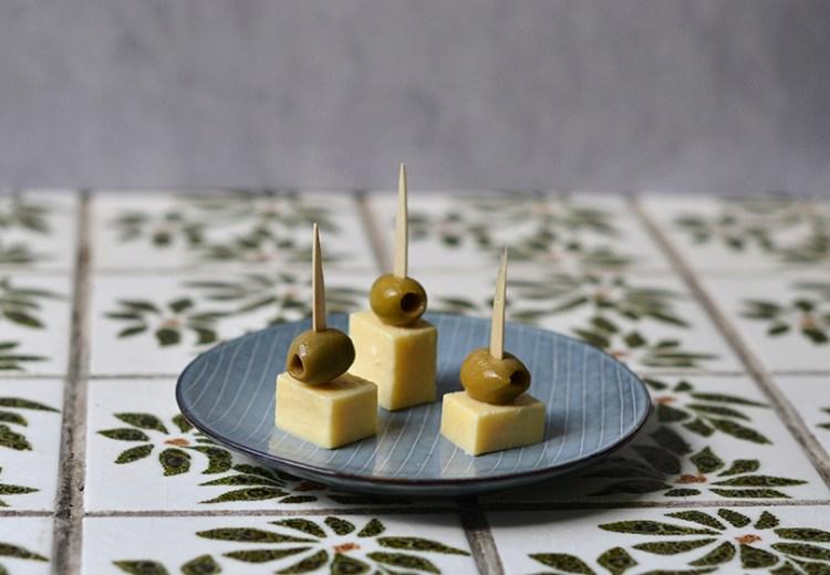 Cheddar og oliven
