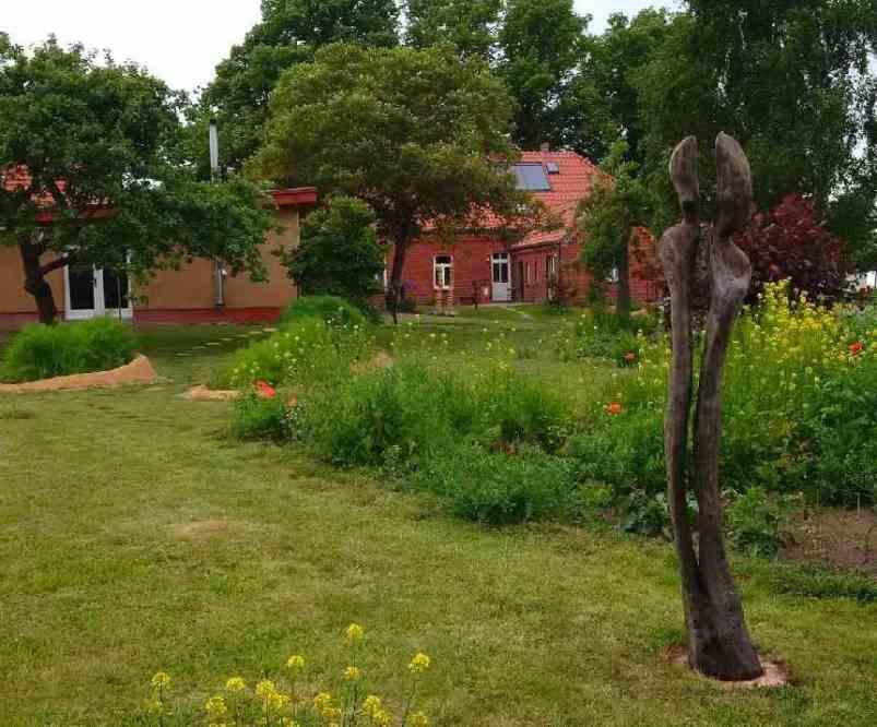 sommer17Doppelskulptur