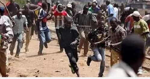 One dead, many injured as rival cult groups clash in Osun