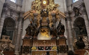 ALTAR ST. PETER'S CHAIR VATICAN