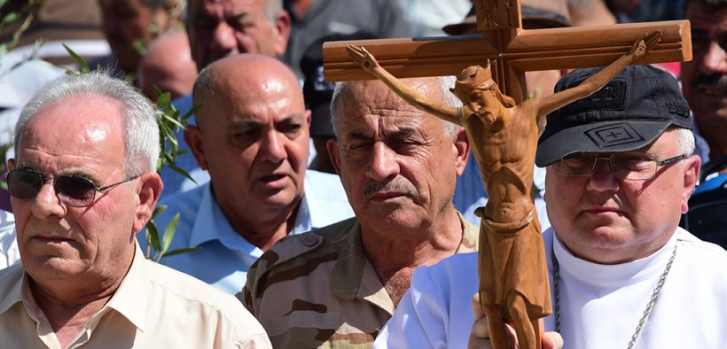 FILE PHOTO IRAQ CHRISTIAN PROCESSION