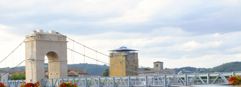 Spanning the river Rhone