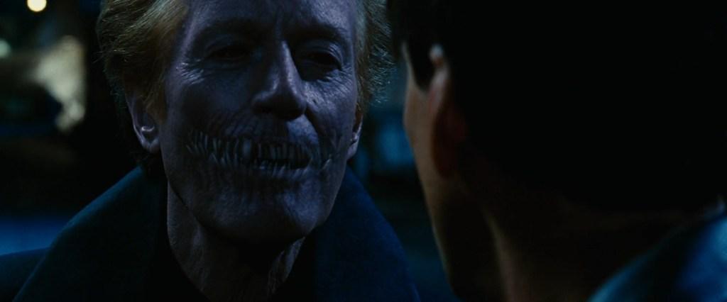 Peter Fonda como Mefisto em Motoqueiro Fantasma (2007) LGBTQIA+