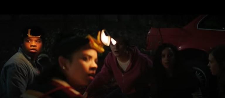 """Cena de """"Rua do Medo: 1994"""", primeiro filme da nova trilogia de terror da Netflix, - Otageek"""