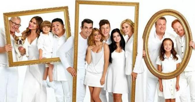 Pôster de Modern Family - 20 séries disponíveis no Star+ que te farão assinar a plataforma - Otageek