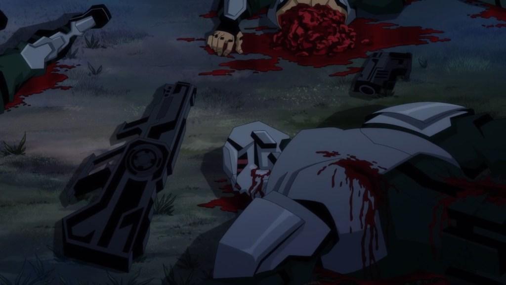 Homem armado partido ao meio com o intestino para fora