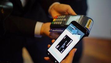 Perlumbaan Aplikasi eWallet di Malaysia