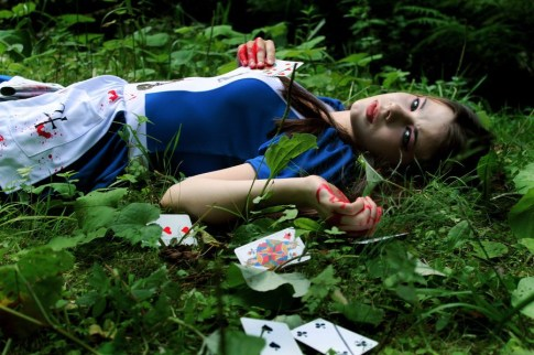 alice__madness_is_a_place_by_anastasya01-d599rtx