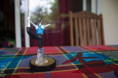 L'Amiibo Entraineuse Wii Fit vous donne des cours de... Fitness.