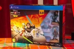 Le pack de démarrage Disney Infinity 2.0. Sachant qu'il est à 49€90 et qu'un pack aventure coute 34€90, le calcul est vite fait. (Le jeu en démat étant à 19€99)