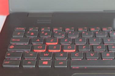Les touches ZQSD sont bien mise en valeur, via un marquage spécifique visuel mais aussi tactile.