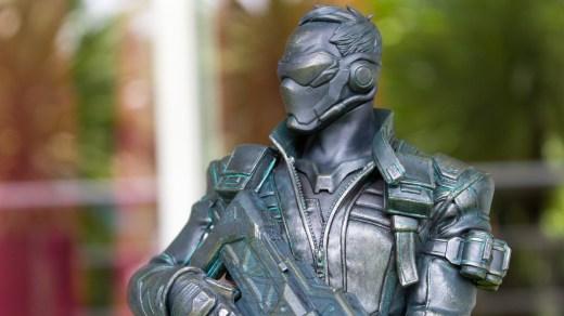 Je dois l'avouer: cette figurine du Soldat 76 force carrément le respect...
