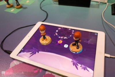 En même temps, ça permet de nettoyer l'écran de l'iPad u_u' !