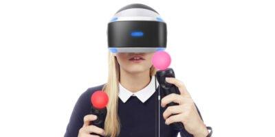 Oui, c'est encore notre mannequin préféré sur le PS VR !