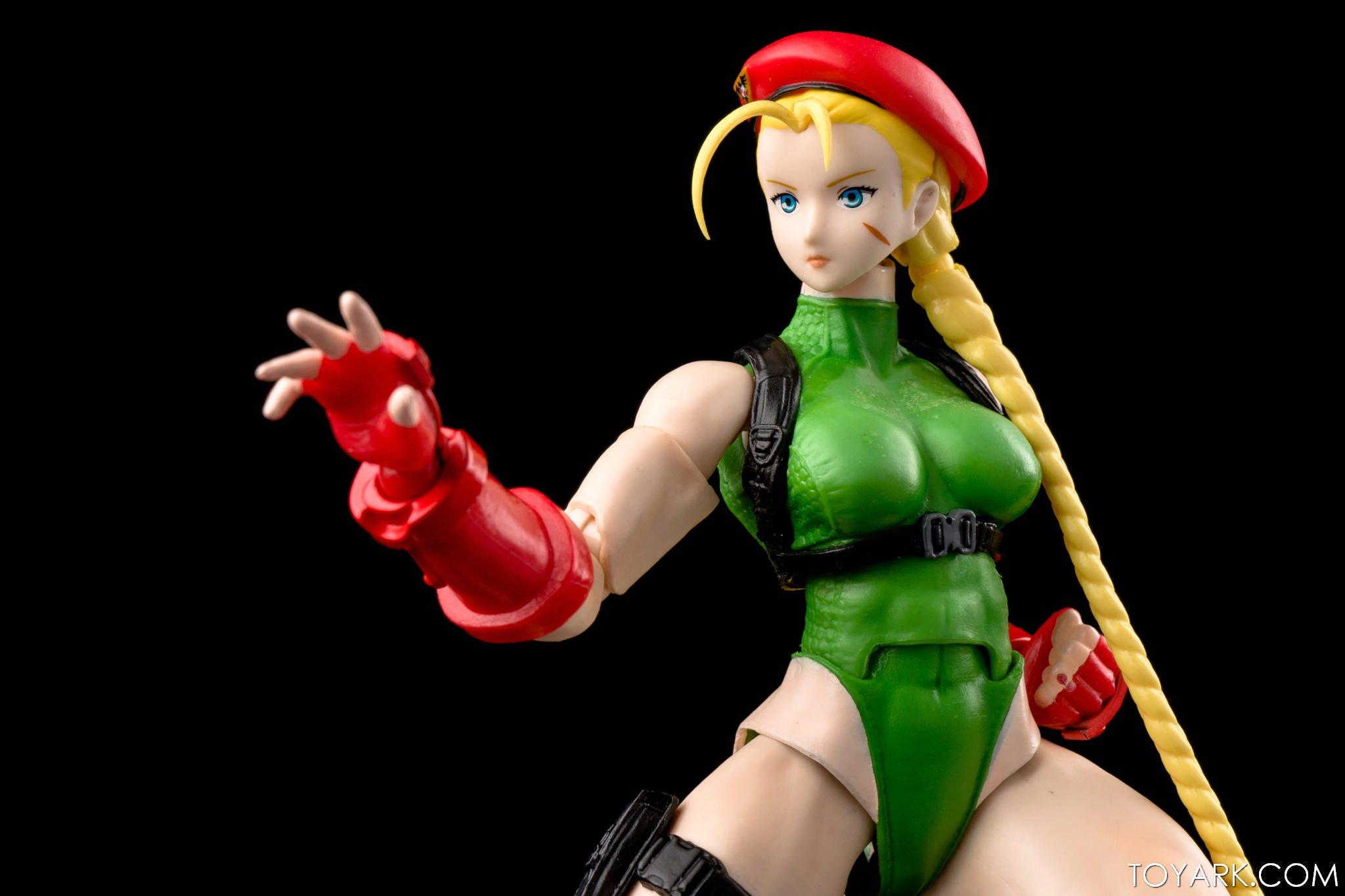 Figurine de Cammy (Street Fighter V)