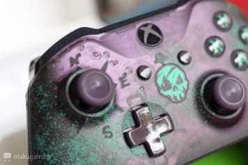 L'unboxing de la manette Collector Sea of Thieves pour Xbox One !