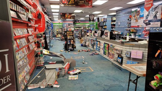 Un Gamestop pillé à Chicago