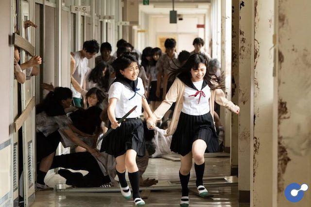 Live-Action Gakkou Gurashi! (School-live!) hé lộ những cảnh quay mới