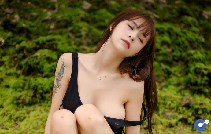 """Nóng mắt với bộ ảnh """"áo tắm quá chật"""" của thiên thần Xia Mei Jiang"""