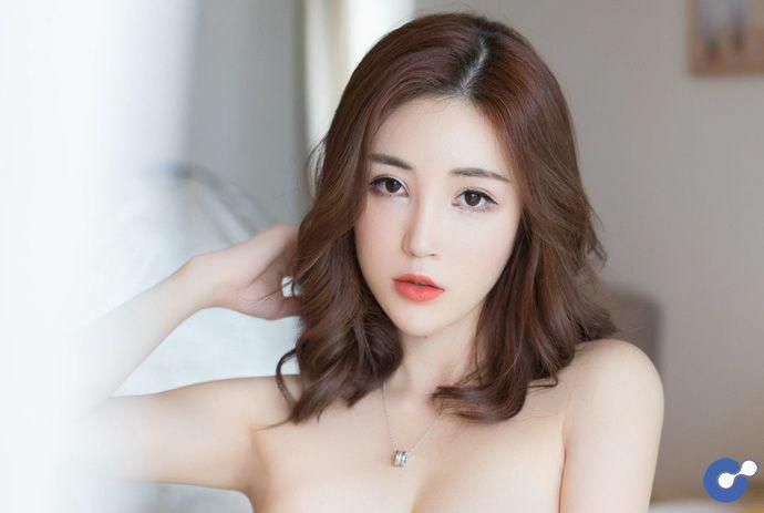 Tan chảy trước vẻ đẹp gợi cảm của cô nàng hot girl Sun Meng Yao