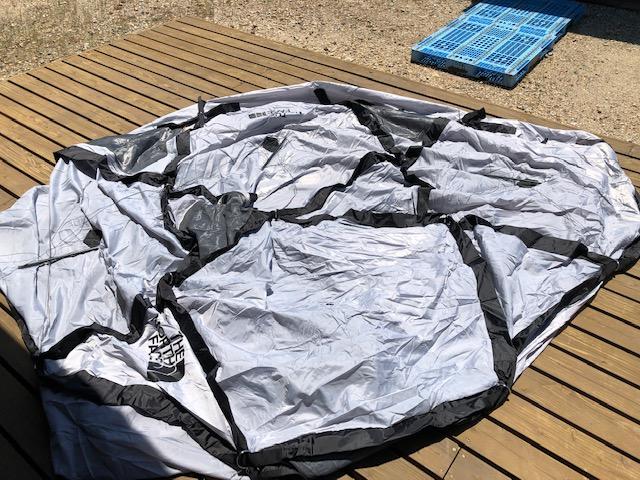 テントを張った