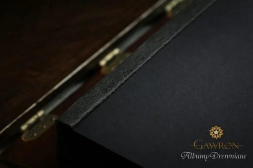 Album czarny