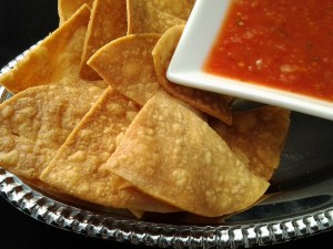 chips and salsa (chips)