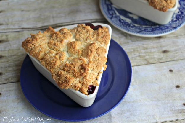 Individual Apple Berry Cobbler 120