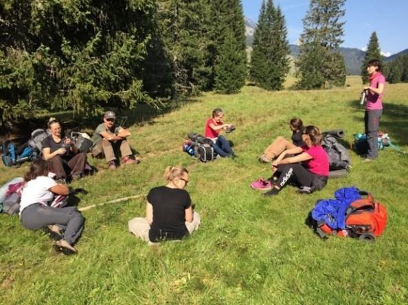 Les équipes des Ateliers du Voyage en week-end de survie en montagne - DR : Les Ateliers du Voyage