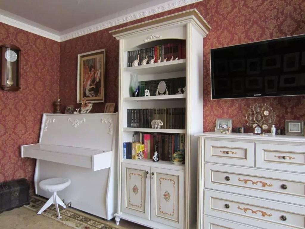 Как можно снять табу в отношении старой мебели, звучащей в новом интерьере?